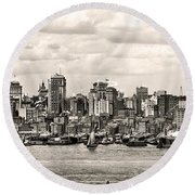 1906 Manhattan Panorama Round Beach Towel