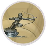 1928 Pierce Arrow Helmeted Archer Hood Ornament Round Beach Towel