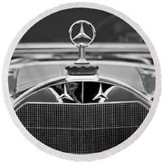 1929 Mercedes-benz S Erdmann - Rossi Cabiolet Hood Ornament Round Beach Towel