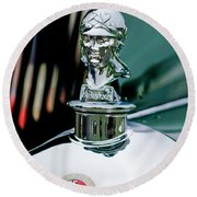 1929 Minerva Hood Ornament Round Beach Towel