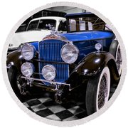 1930 Packard Limousine Round Beach Towel