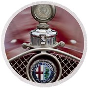 1931 Alfa-romeo Hood Ornament Round Beach Towel