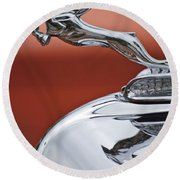 1933 Chrysler Cl Imperial Hood Ornament Round Beach Towel