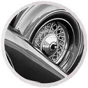 1933 Pontiac Spare Tire -0431bw Round Beach Towel