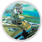 1933 Stutz Dv-32 Hood Ornament Round Beach Towel