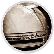 1935 Chevrolet Hood Ornament - Emblem Round Beach Towel