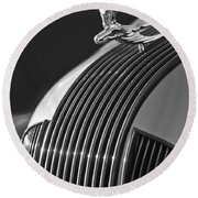 1935 Pontiac Sedan Hood Ornament 3 Round Beach Towel