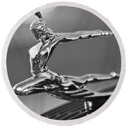 1935 Pontiac Sedan Hood Ornament 4 Round Beach Towel
