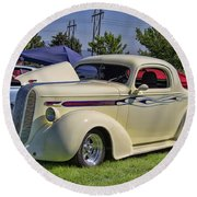 1936 Pontiac Hood Ornament Round Beach Towel