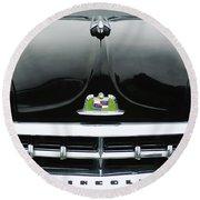 1950 Lincoln Cosmopolitan Henney Limousine Grille Emblem - Hood Ornament Round Beach Towel