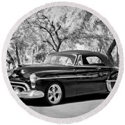 1950 Oldsmobile 88 -004bw Round Beach Towel