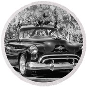1950 Oldsmobile 88 -105bw Round Beach Towel