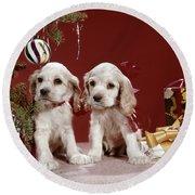 1960s Two Cocker Spaniel Puppies Round Beach Towel