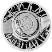 1964 Shelby 289 Cobra Wheel Emblem -0666bw Round Beach Towel