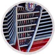 1967 Alfa Romeo Giulia Super Grille Emblem Round Beach Towel