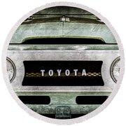 1969 Toyota Fj-40 Land Cruiser Grille Emblem -0444ac Round Beach Towel