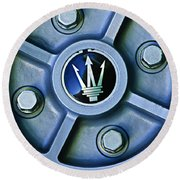 1974 Maserati Merak Wheel Emblem Round Beach Towel
