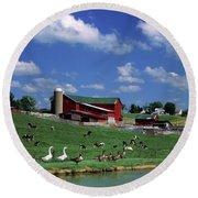 1990s Amish Family Farm Bunker Hill Round Beach Towel