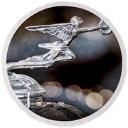 1930 Packard Model 733 Convertible Coupe Hood Ornament Round Beach Towel