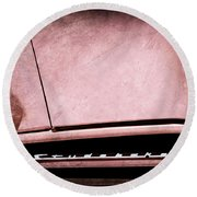 1953 Studebaker Coupe Grille Emblem Round Beach Towel