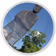 Minujin's A Man Of Mesh Round Beach Towel