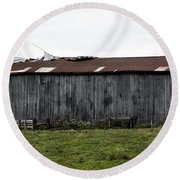 Abandoned Barn Kentucky Usa Round Beach Towel