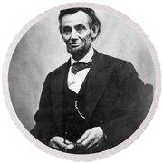Abraham Lincoln(1809-1865) Round Beach Towel