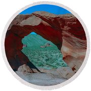 Arch Rock - Valley Of Fire State Park Round Beach Towel