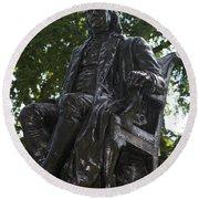 Benjamin Franklin Statue University Of Pennsylvania Round Beach Towel