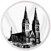 Chapter Church Of St Peter And Paul Round Beach Towel