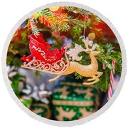 Christmas Tree Ornaments And Decorations Round Beach Towel