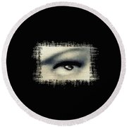 Distorted Eye Round Beach Towel