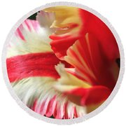 Flaming Parrot Tulip Round Beach Towel