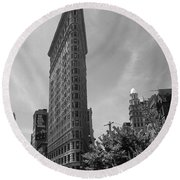 Flatiron Building Manhattan  Round Beach Towel