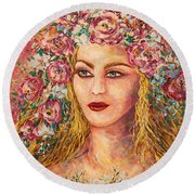 Good Fortune Goddess Round Beach Towel