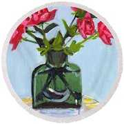 Jeff's Vase And Rodger's Roses Round Beach Towel