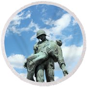 Liberation Monument Round Beach Towel