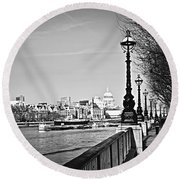 London View From South Bank Round Beach Towel