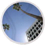 Looking Up In Beverly Hills Round Beach Towel