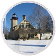 Mcgulpin Point Lighthouse In Winter Round Beach Towel