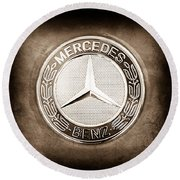 Mercedes-benz 6.3 Amg Gullwing Emblem Round Beach Towel