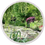 Monets Waterlily Pond Round Beach Towel