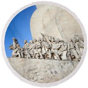 Monument To The Discoveries In Lisbon Round Beach Towel