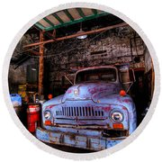 Old Pickup Truck Hdr Round Beach Towel