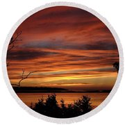 Outer Banks Sunset Over Bay And Colington Island Round Beach Towel