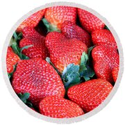 Plant City Strawberries Round Beach Towel