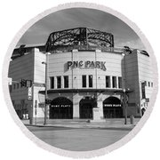 Pnc Park - Pittsburgh Pirates Round Beach Towel