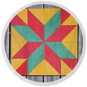 Quilting The Barn  Round Beach Towel