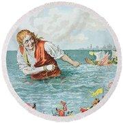 Scene From Gullivers Travels Round Beach Towel