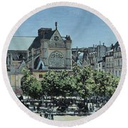 St. Germain L'auxerrois Round Beach Towel